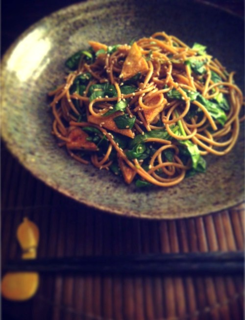 fried tofu and spinach noodle salad